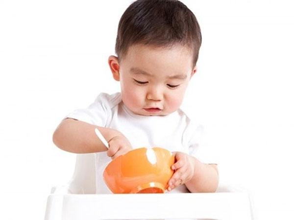 Cùng Extra Kid tìm hiểu về nguyên nhân bé biếng ăn - chậm tăng cân